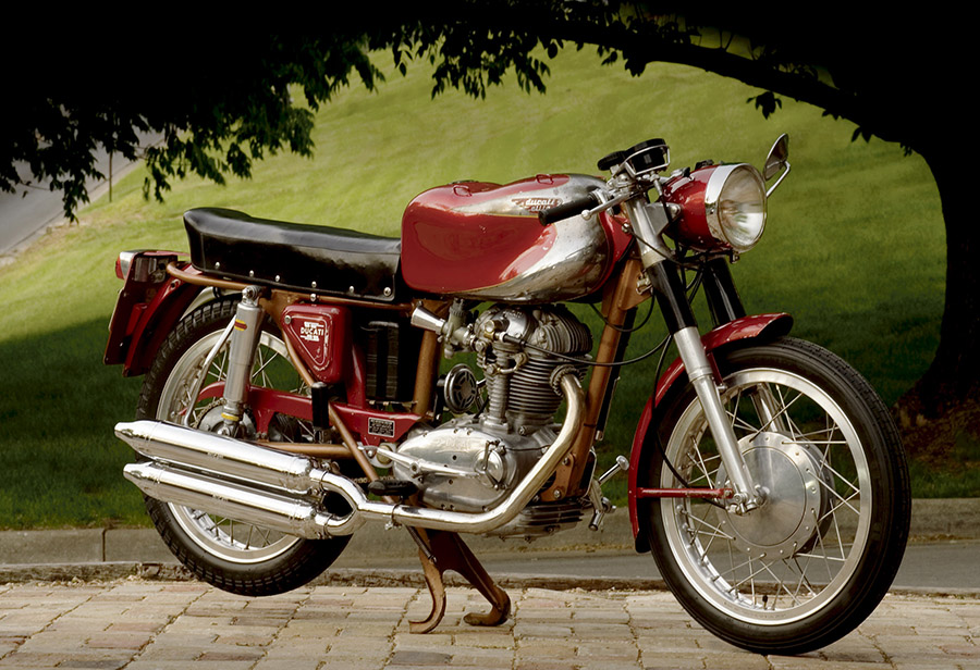 1962 Ducati Elite :: Tom Strongman